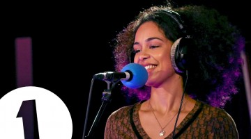 DisCover: Jorja Smith – Let Me Love You (Mario Cover)